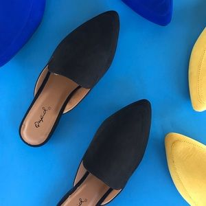 Shoes - 🆕 Black Suede Mule Flats